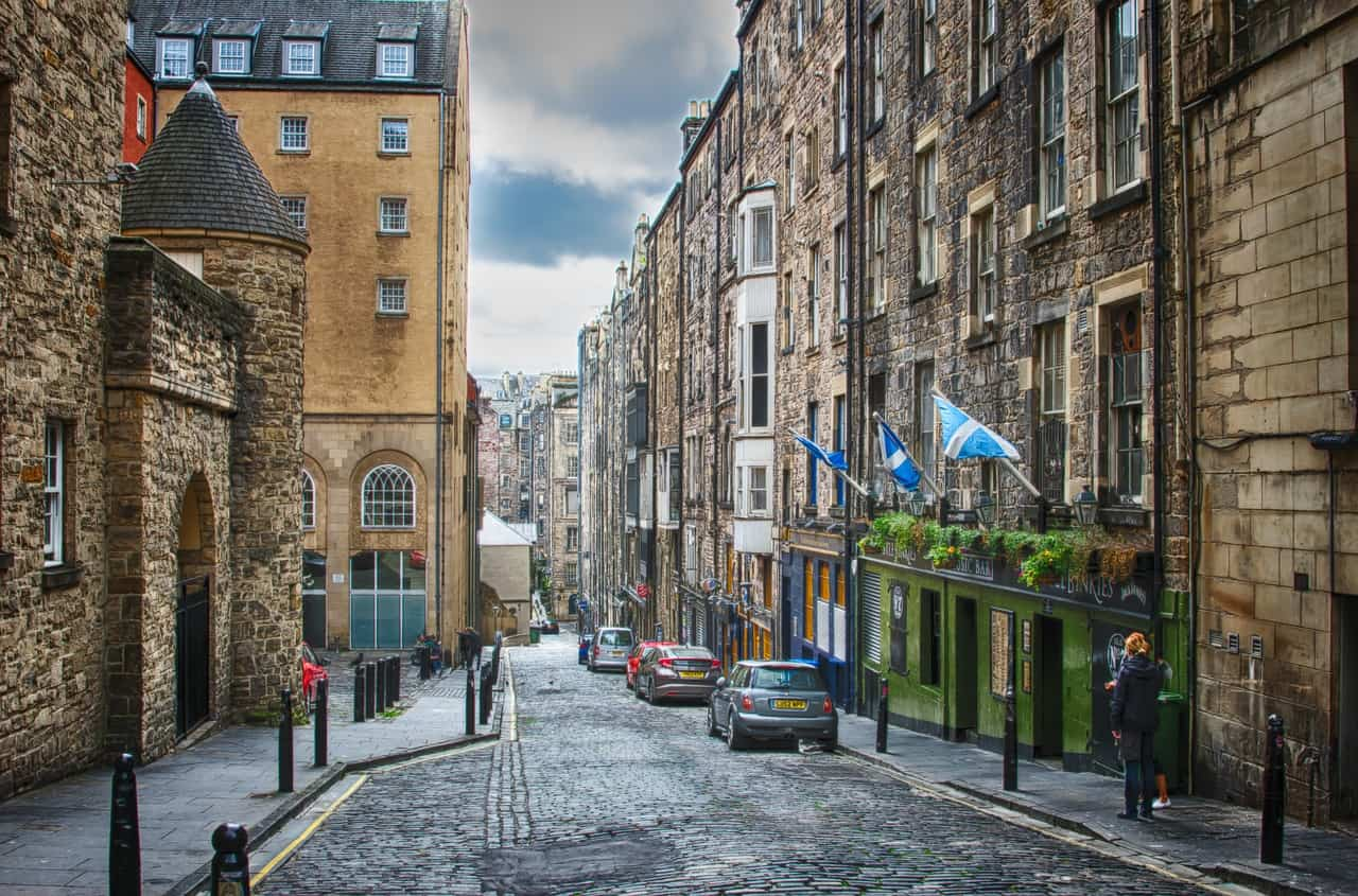 cheap flights to edinburgh