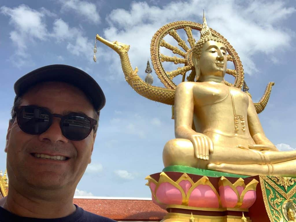 Edson Eiras Thailand traveler