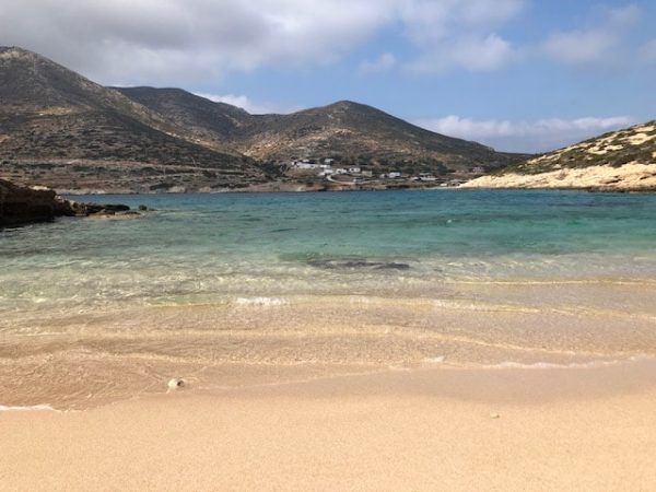 Playa donousa livadi