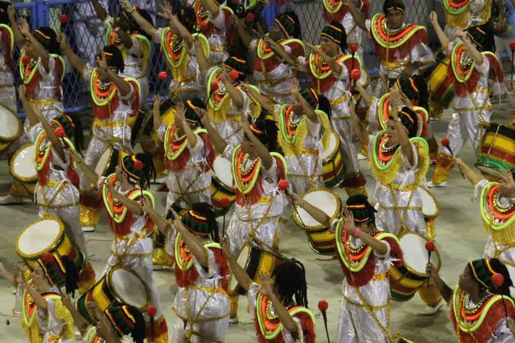 Escuela de samba en Sambódromo en Río