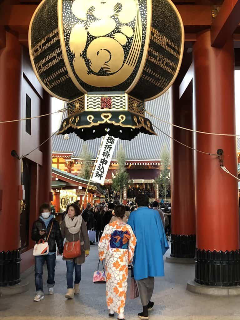 sensoji temple entrance