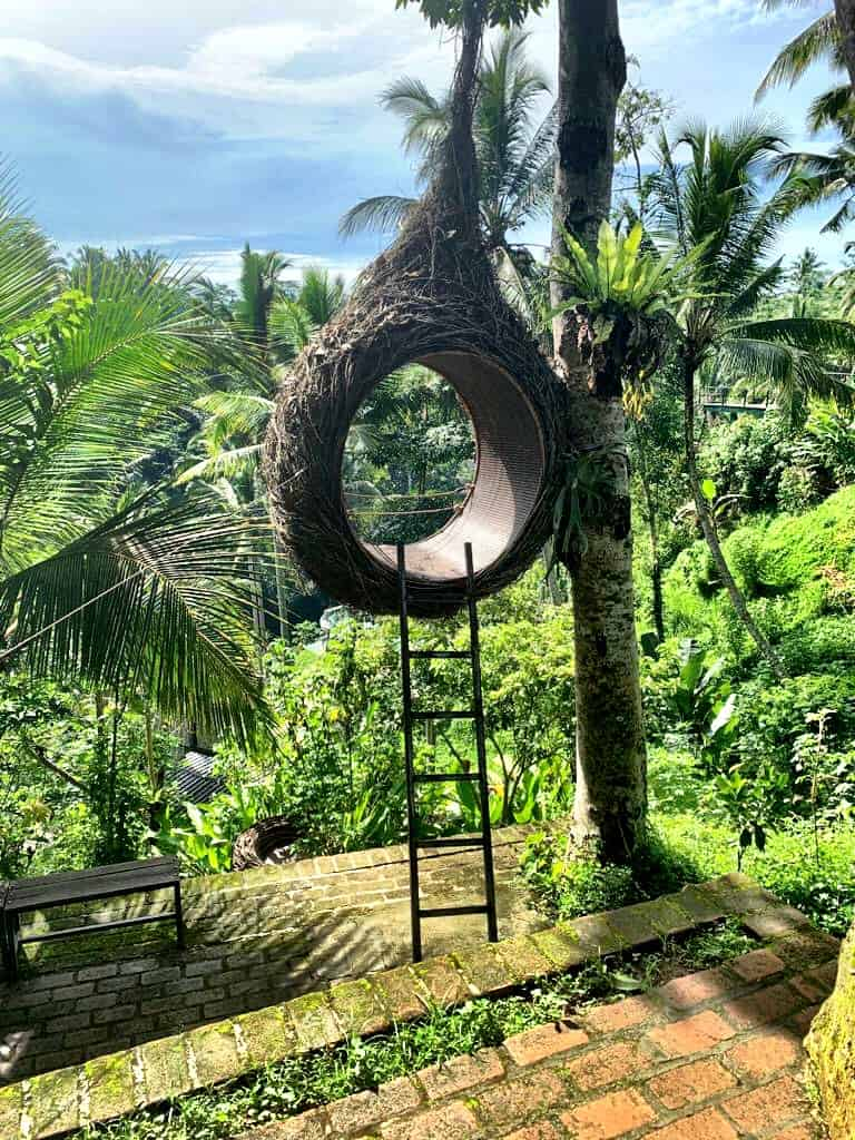 Lugar instagrammable columpio de Bali