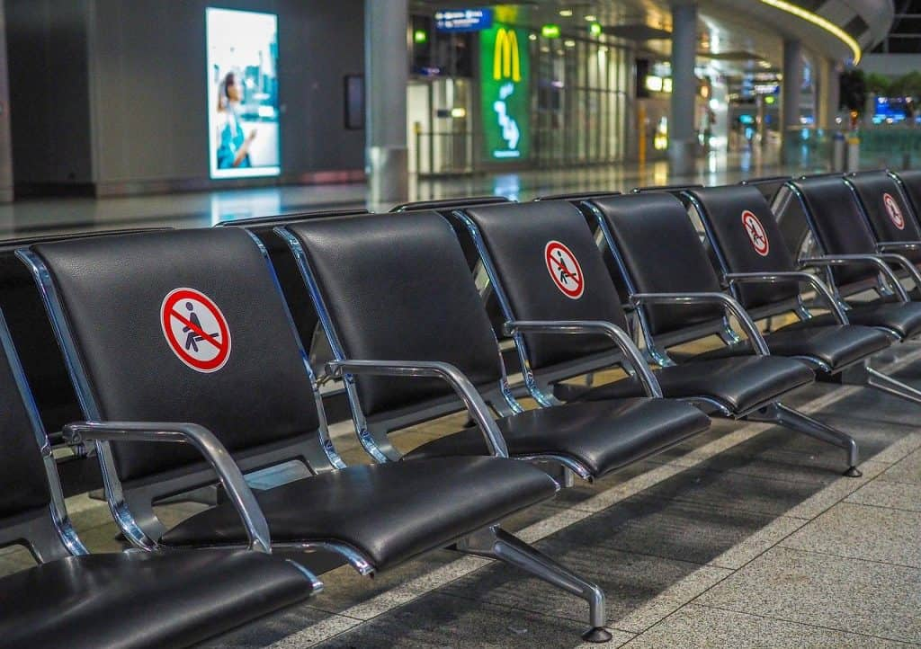 airport empty seats covid